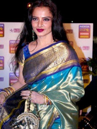 600633e9426e85 HELP!!! where can I get this kind of silk saree??? | Indusladies
