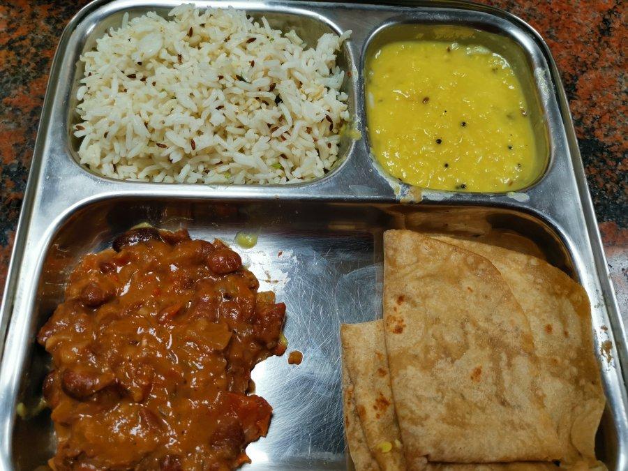 roti, Rajma masala, jeera rice and dhal.jpg
