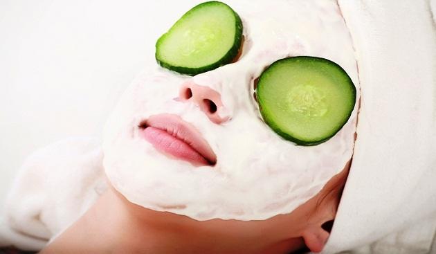 Treat Wrinkles with 4 Homemade Facepacks
