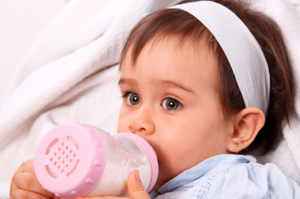Tips for Offering Water to Six to 12 Month Old Babies