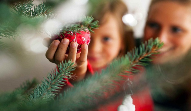 6 Tips to Bring Your Family Together During Festivities