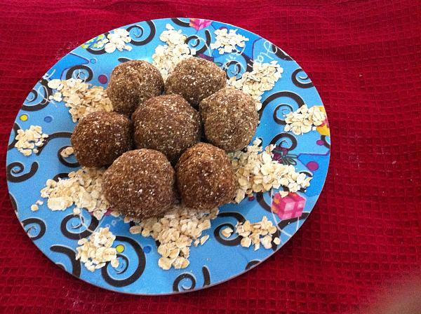 Oats Almond Ladoo