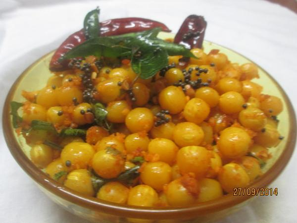 White Peas Sundal