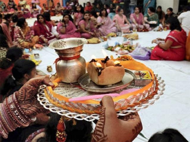 karwachauth-thali_1381971692